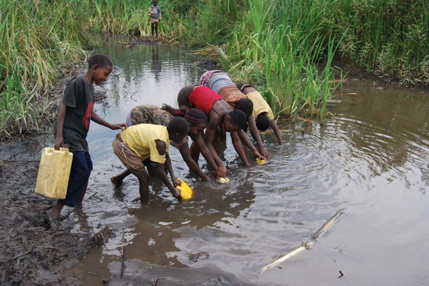ARMUT IN UGANDA – ARMUT-SITUATION IN UGANDA ZUSAMMENGEFASST